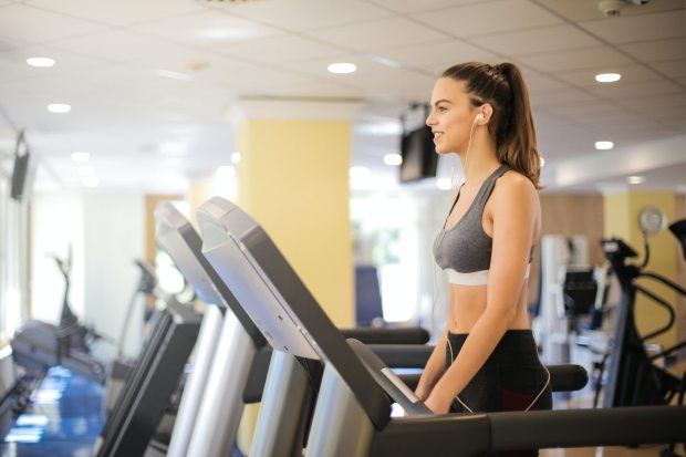 photo-of-woman-using-treadmill-3757938